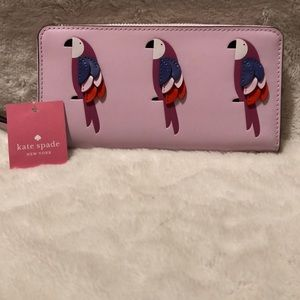 🌺🌺Kate Spade Flock Party Wallet.
